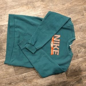 Boys Nike Crew Neck sweatshirt